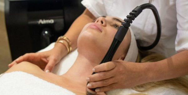 DermaClear-Test beim Beautypress-Infotag