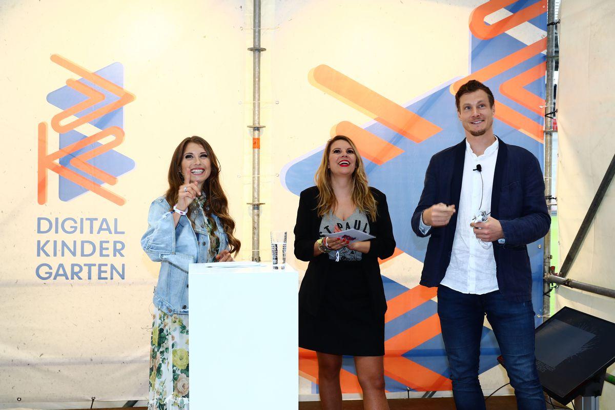 Cathy Hummels, Giela Thielecke und Marcell Jansen beim Digital Kindergarten 2019 (ddp images).
