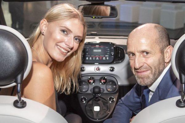 Das Hamburger Topmodel Jolina Fust auf Werksbesuch in Turin