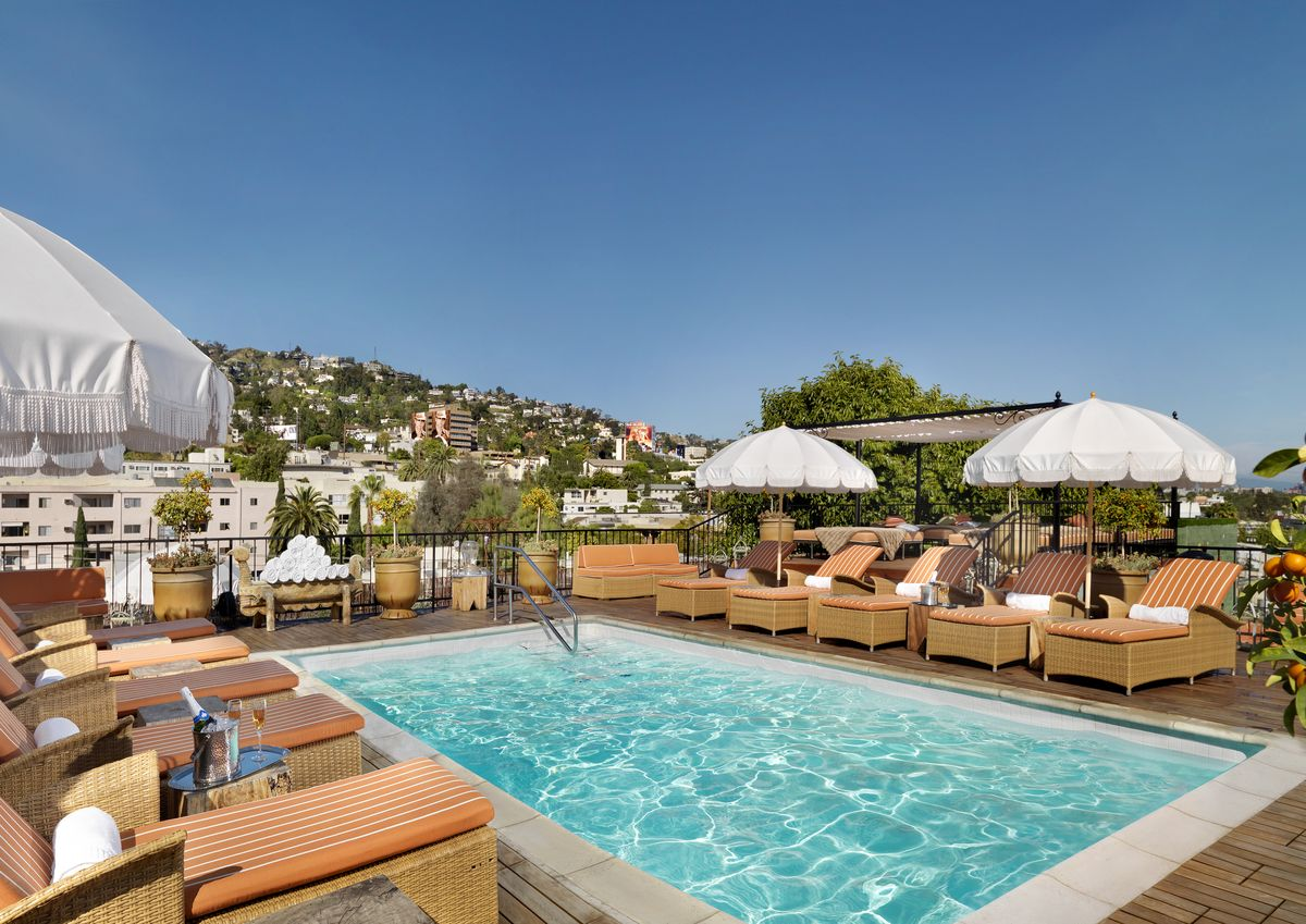 Hotel Petit Ermitage in Hollywood