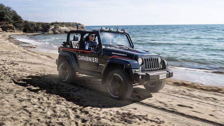 Beach-Carabinieri fahren jetzt Jeep Wrangler