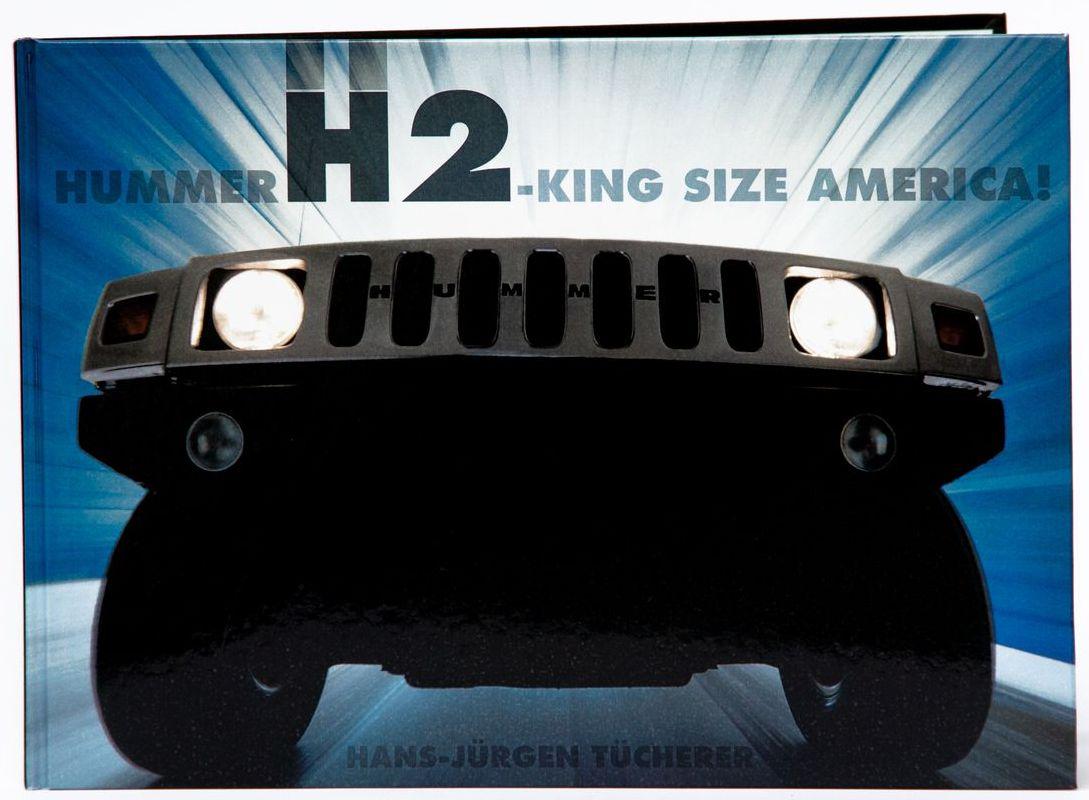 """Der Bildband """"Hummer H2 – King Size America!"""" im Format 30,2 x 21,5 cm kann für 29,90 Euro online über hummerh2book.com geordert werden."""