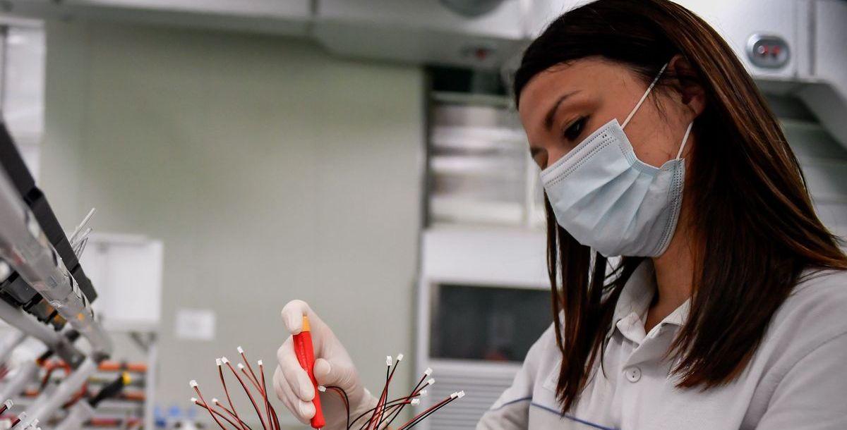 Mehr als 3.000 Beatmungsgeräte produziert