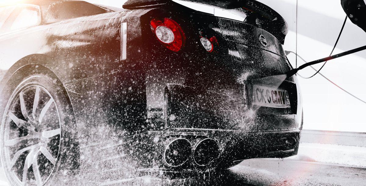 Der schlechteste Auto-Werbespot des Jahres