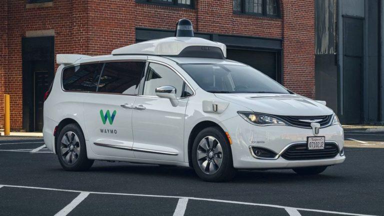 FCA und Waymo arbeiten an autonom fahrenden Transportern