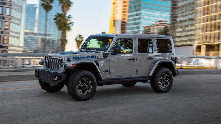 Der Jeep Wrangler 4xe startet 2021