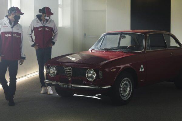 Räikkönen und Giovinazzi verlängern mit Alfa Romeo Racing Orlen
