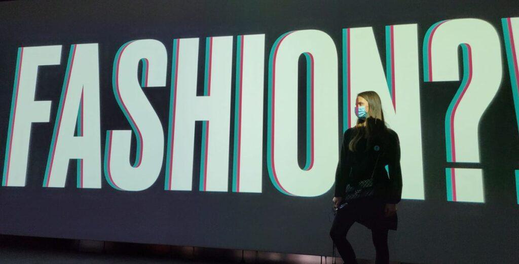 Minela Fisic entdeckt, was Mode zu Mode macht