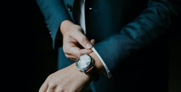 Gelesen: Bekenntnisse eines Firmenjägers