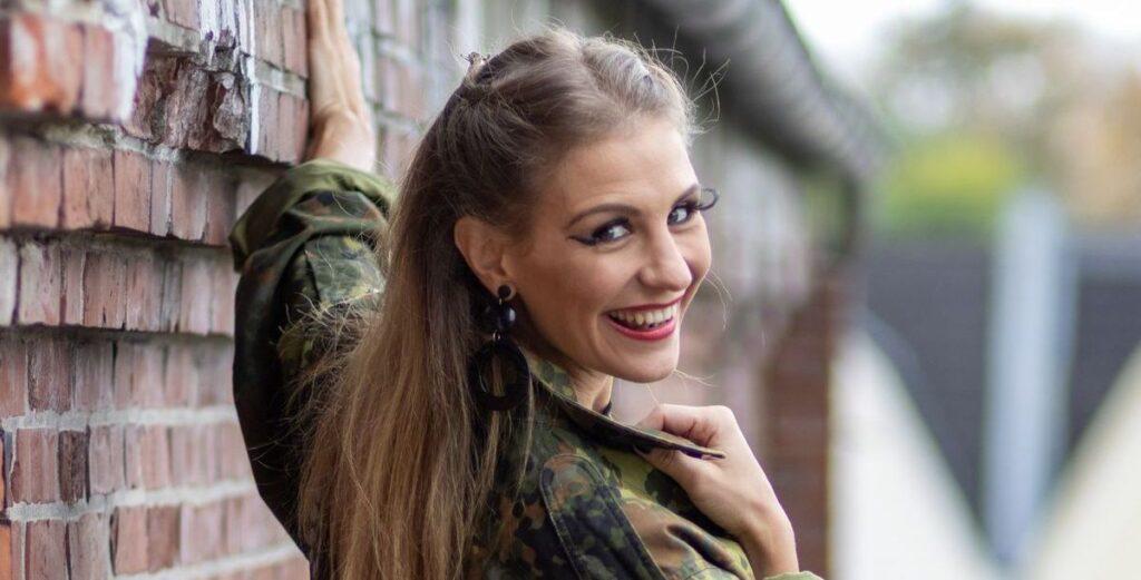 """Stefanie Schanzleh shootet für """"Digitale Liebe"""""""