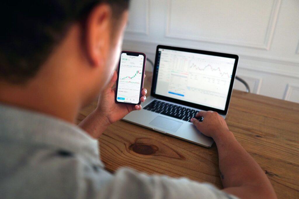 Top-Apps für die Finanzen in 2021 - Jan-Christopher Sierks