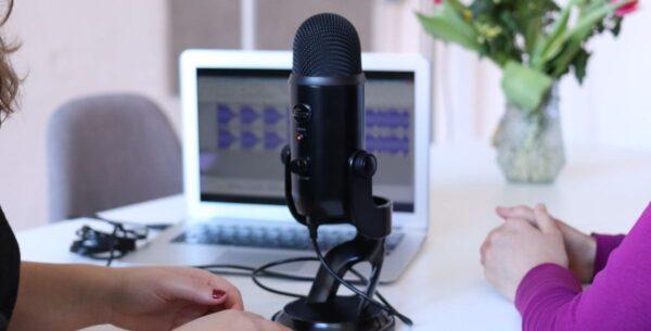 Hamburg Media School startet Podcast Academy