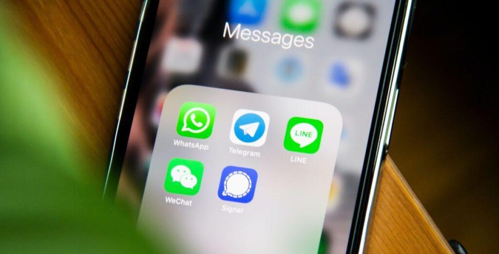 Live-Vortrag über WhatsApp, Signal und Co.