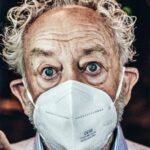 Gelesen: Menschen hinter Masken