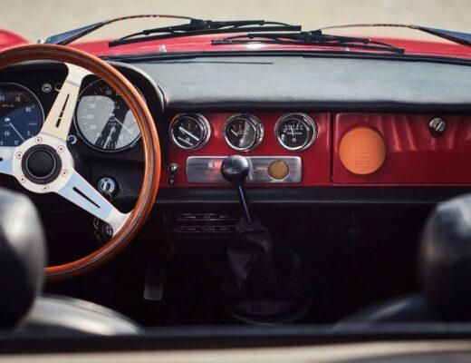 Luxus-Autoduft von Acqua di Parma und Poltrona Frau