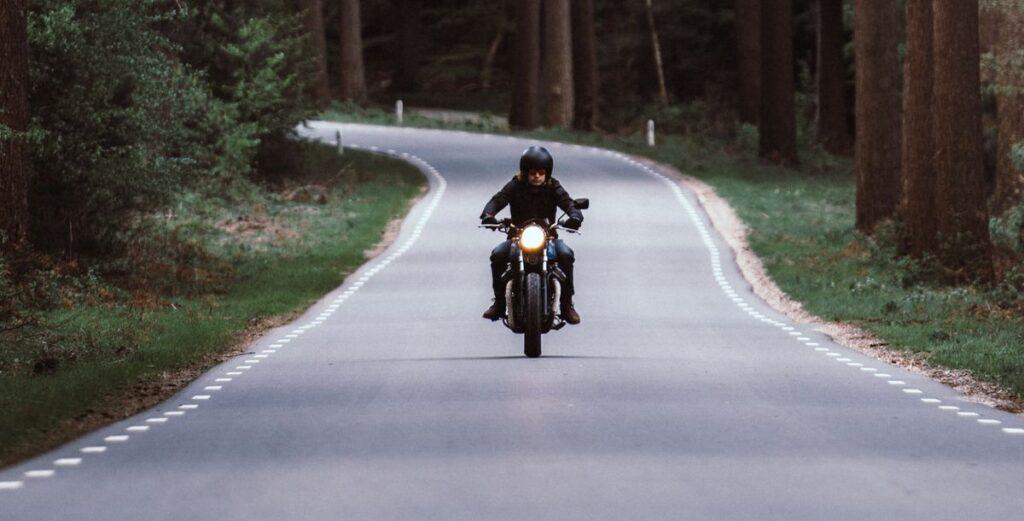 Gelesen: Die schönsten Motorrad-Touren