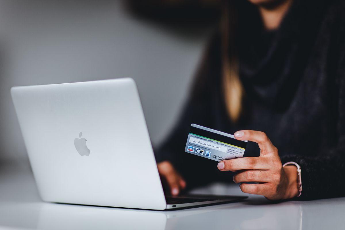 Blogger*innen beeinflussen den Konsum